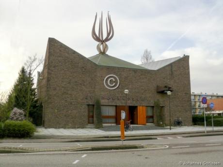 Kerkgebouw De Hoeksteen Capelle aan den IJssel jpeg.JPG