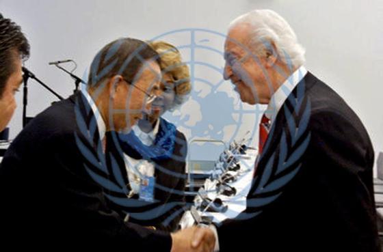 Pics Helene Ban Kim-Moon & TL Lowery UN Logo